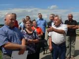 Firma rozkopała wały rzeki Koprzywianki i ogłosiła upadłość. Mieszkańcy gminy Samborzec boją się o swój dobytek [ZDJĘCIA]