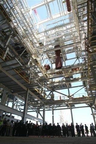 Tak wygląda wnętrze budynku, gdzie stanie olbrzymi kocioł nowego bloku energetycznego