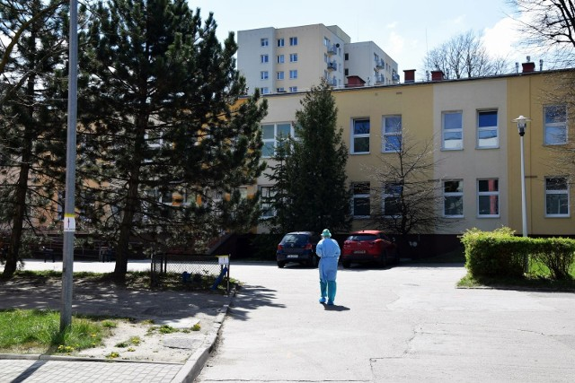 Ilu pacjentów zakażonych koronawirusem przebywa we wtorek, 16 czerwca, na oddziale zakaźnym Szpitala Uniwersyteckiego w Zielonej Górze?