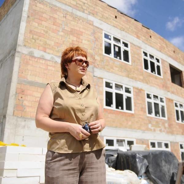 - Prace przedłużą się o około trzech miesięcy - mówi Adriana Nurzyńska z kędzierzyńskiego ZOZ-u.