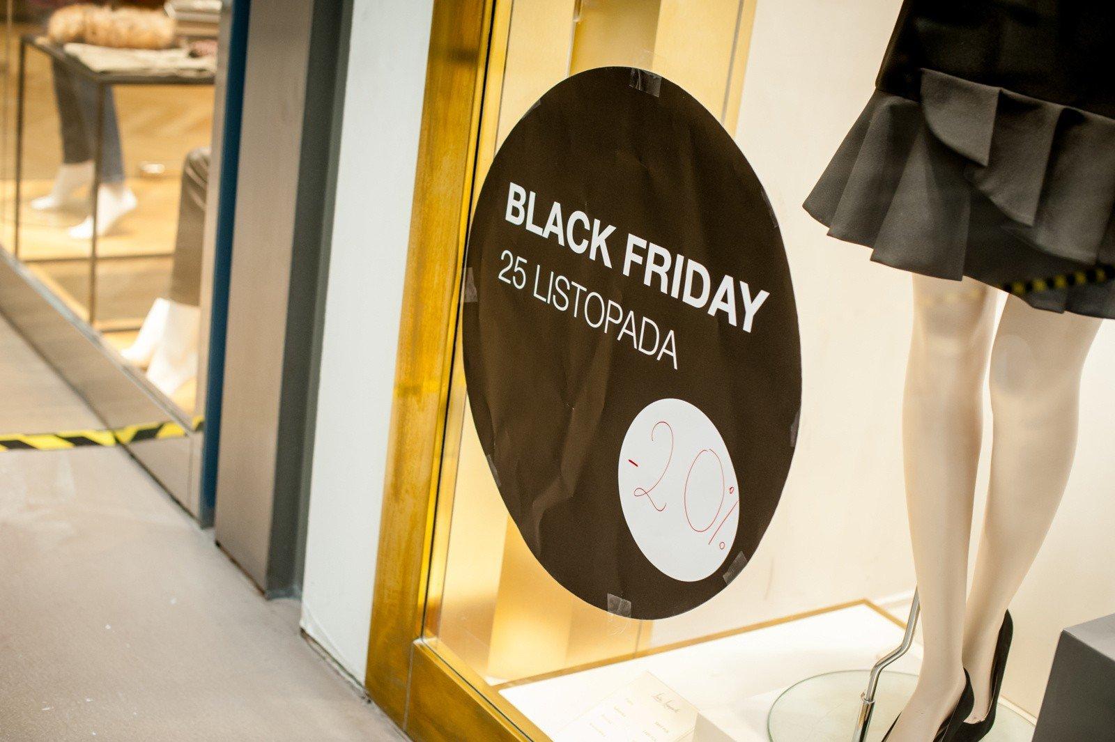 2ddf517476e6b Kiedy wypada Black Friday 2018? Jakie sklepy wezmą udział w Black Friday?  [DATA
