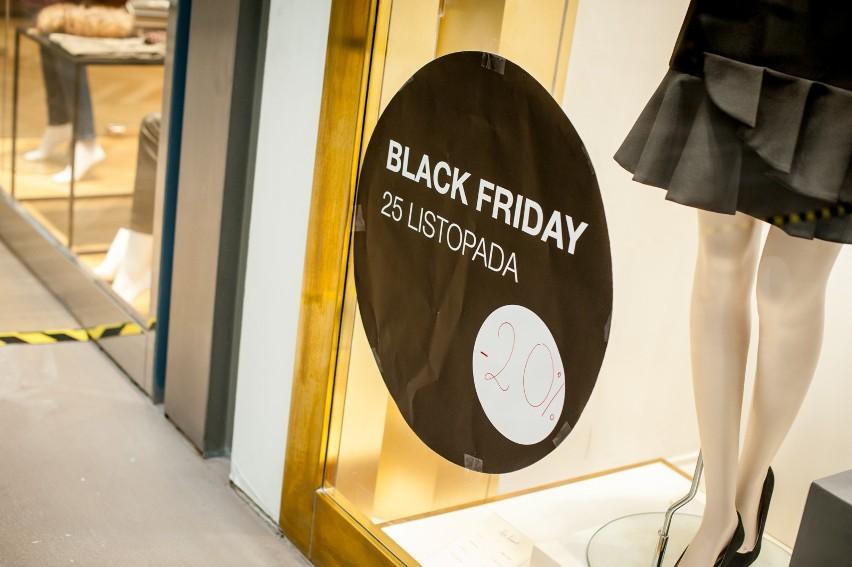 95fa91c0393dbb Kiedy wypada Black Friday 2018? Jakie sklepy wezmą udział w Black Friday?  [DATA