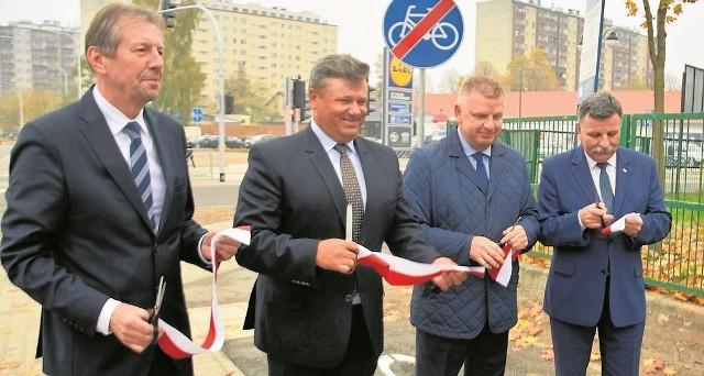 Otwarcie ulicy Polnej z senatorem Jarosławem Rusieckim i posłem Andrzejem Kryjem.