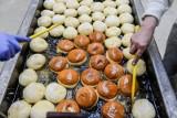 Pączki w Piekarni Pellowski. Tak powstają słodycze, które są najbardziej pożądane w Tłusty Czwartek