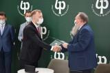 Politechnika Białostocka podpisała porozumienie z firmą SaMasz. Wspólnie będą ulepszać maszyny rolnicze