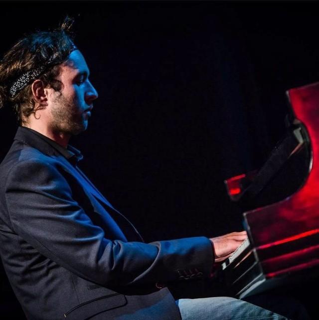 Pianista Michał Martyniuk przez 10lat mieszkał w Nowej Zelandii gdzie studiował i grał z czołówką tamtejszego jazzu