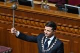 Ukraina: Zaprzysiężenie Wołodymyra Zełenskiego na prezydenta, a potem rozwiązanie parlamentu