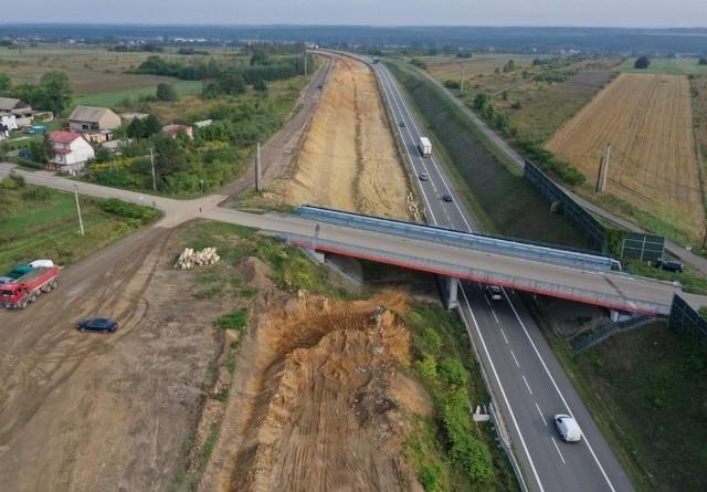 Budowa drugiej nitki drogi ekspresowej S1 od Podwarpia do Pyrzowic. Stan na sierpień - wrzesień 2019.