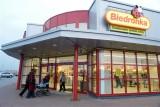 Polacy chętnie kupują w Biedronce. Sieć zarabia coraz więcej