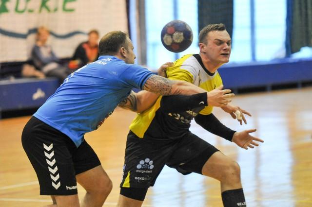 Denis Hertel i jego koledzy z ASPR-u Zawadzkie będą mieli teraz o cztery mecze więcej w sezonie.