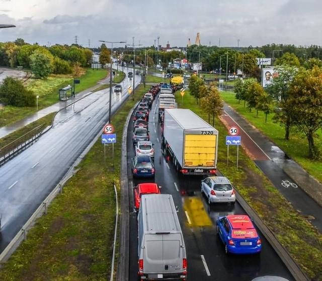 Pojazdy z Bydgoszczy mają wyższy średni przebieg od samochodów z Warszawy o 25 tys. kilometrów.