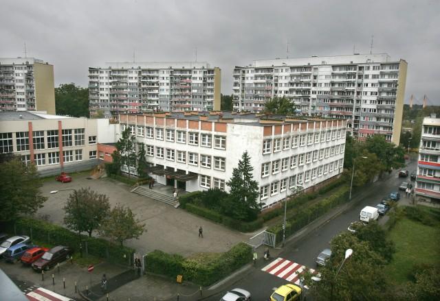 Szkoła Podstawowa nr 3 przy ul. Bobrzej zaprasza 8 marca na drzwi otwarte