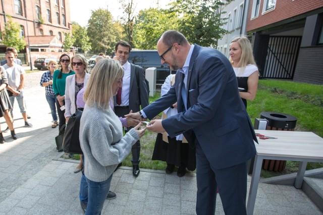Oddanie do użytku bloku wybudowanego przez TBS Motława przy ul. Kieturakisa 8 na Dolnym Mieście w Gdańsku [7.09.2018]