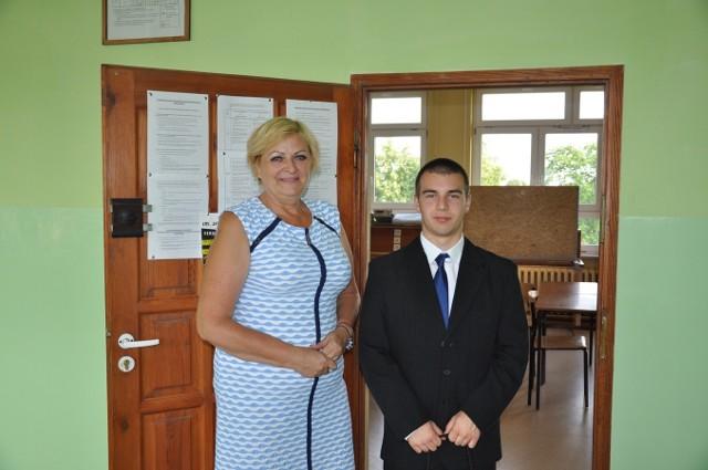 Alicja Pawłowska, wychowawczyni Patryka, twierdzi, że na jego sukces, poza wrodzonym talentem, złożyły się pracowitość i ogromna cierpliwość.