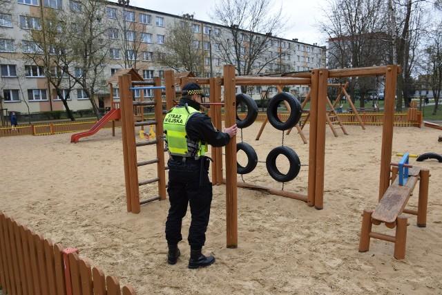 Rozpoczęły się coroczne kontrole białostockich placów zabaw. Straż miejska oraz pracownicy Zarządu Mienia Komunalnego sprawdzą ich czystość i stan urządzeń.