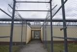 Jak epidemia koronawirusa wpływa na działanie jednostek penitencjarnych? Co z odwiedzinami osadzonych?