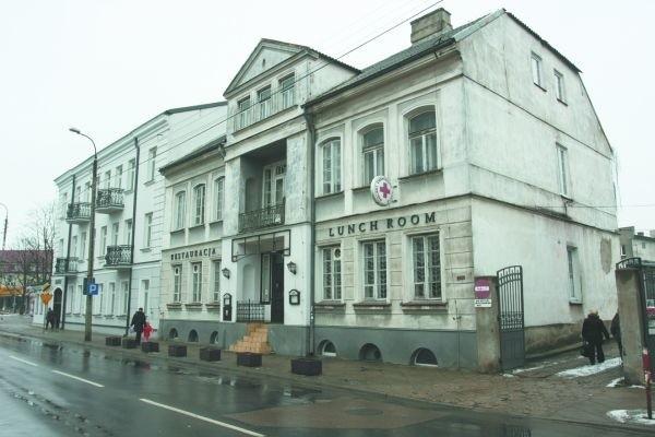 Zarówno dom przy Złotej, jak i kamienica przy Warszawskiej (na zdjęciu) mogą teraz liczyć na pieniądze na remonty i konserwację z funduszy miejskich.