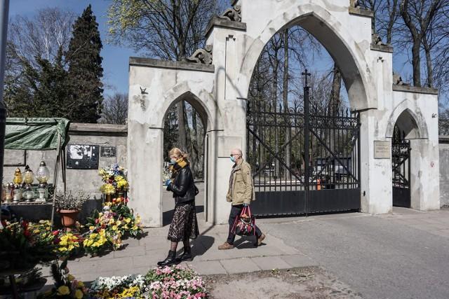 Łódź w czasie świąt wielkanocnych i kwarantanny - zobacz ZDJĘCIA na kolejnych slajdach...