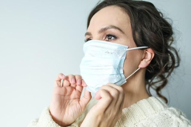Pandemia koronawirusa z Wuhan wpłynęła na wiele sektorów gospodarki, nie omijając także rynku nieruchomości.