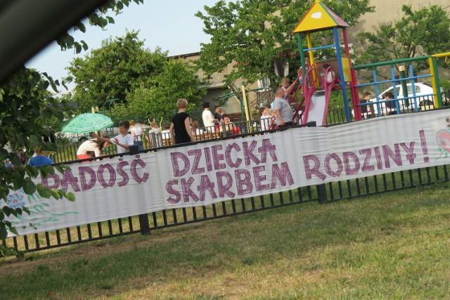 Piknik zorganizowano na placu przy ogródku Jordanowskim
