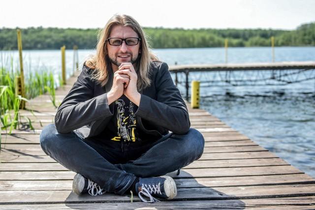 Leszek Możdżer zaprosił nad Jezioro Strzeszyńskie interesujących muzyków z Europy, Azji i Ameryki Północnej