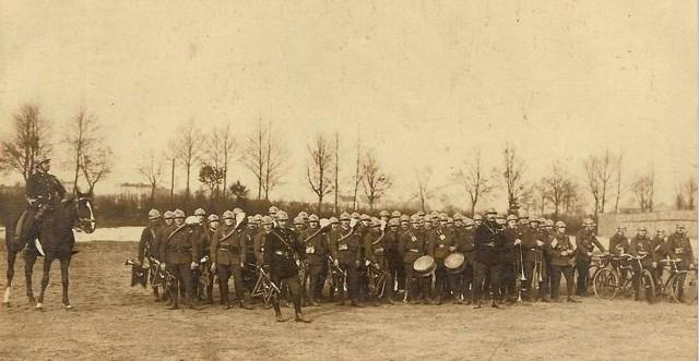 Wojska francuskie stacjonujące w Kluczborku podczas plebiscytu. Francuska piechota była w naszym mieście od 6 lutego do 5 maja. Po wybuchu powstania Francuzi opuścili miasto.