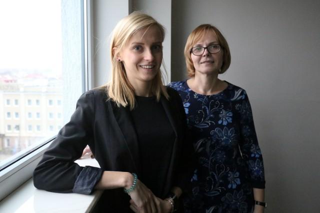 """Kampania """"Pokaż dziadkom"""" ma uwrażliwić wszystkich na objawy udaru - mówi Paulina Werel (z lewej) i doc. Alina Kułakowska"""