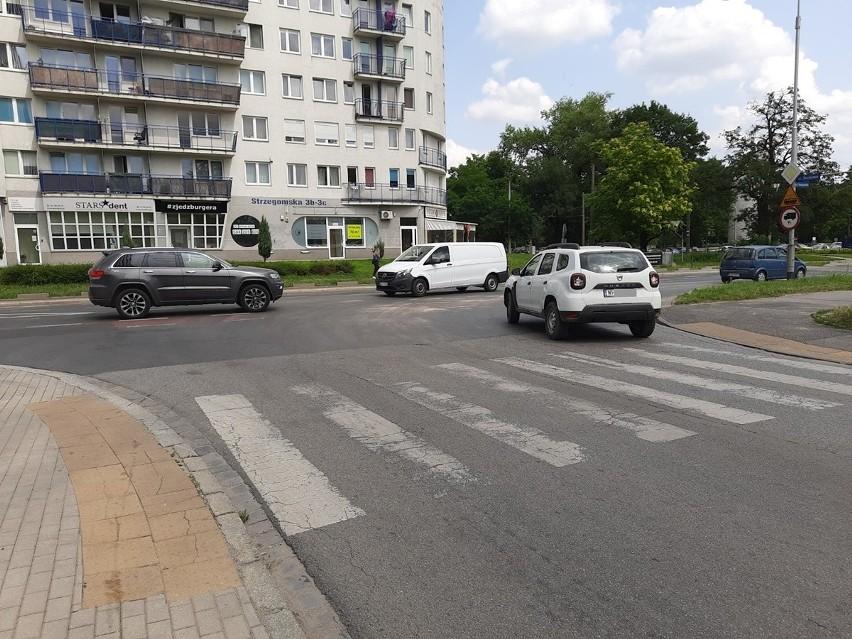 Po zmianie organizacji ruchu na skrzyżowaniu ul....
