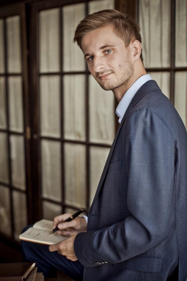 Piotr Hanaj, Dyrektor ds. Prawnych