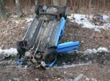 Kucharówka. Wypadek na DK 19, kierowca pandy ranny (zdjęcia)
