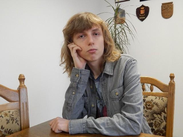 Adrian Kołodziński ma 19 lat. W maju będzie zdawał maturę w I Liceum Ogólnokształcącym w Gorzowie.