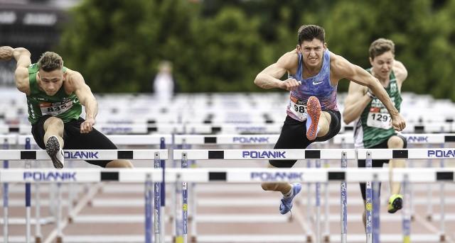 Michał Sierocki i Damian Czykier pięknie walczyli o złoto Akademickich Mistrzostw Polski w biegu na 110 metrów przez płotki