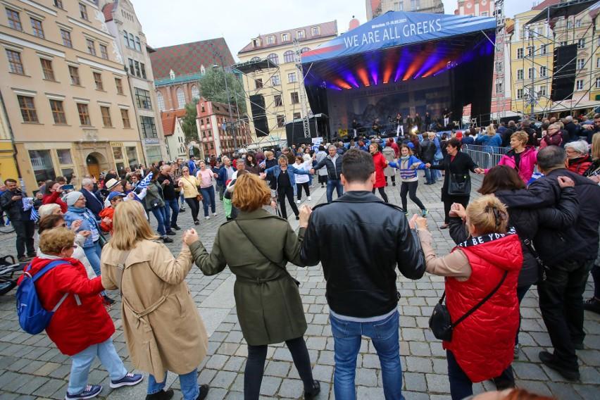 Drugi dzień ,,We are all Greeks''. Wrocławianie bawili się w...