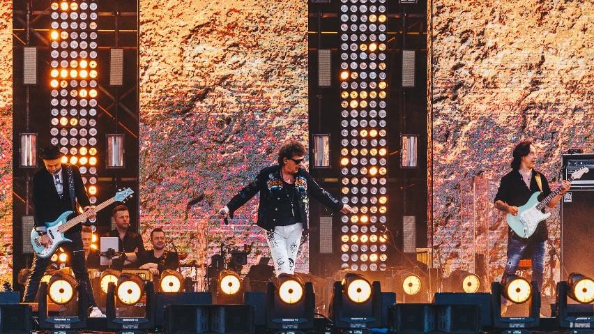 """Koncert """"30 lat wolności"""" 4.06.2019 roku w Gdańsku. Prawie 30 tysięcy osób na multimedialnym widowisku na Placu Zebrań Ludowych! [wideo]"""