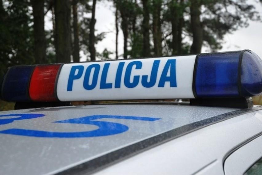 Wypadek w Kamierowie: Nie żyje pasażer, kierowca z 2 promilami!
