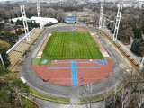 Trwa modernizacja kompleksu sportowego na poznańskim Golęcinie. Poznań będzie miał kolejne boisko z syntetyczną murawą