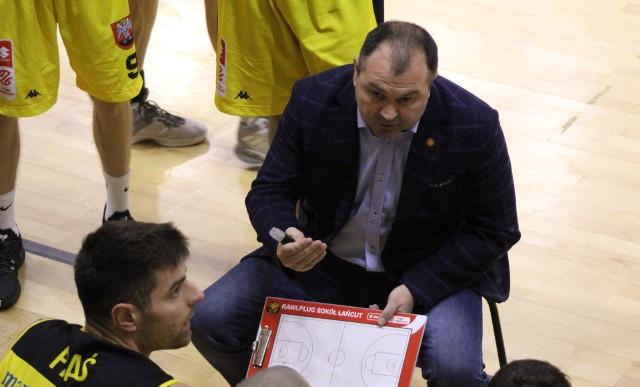 - Cieszymy się, że ten sezon rozpoczęliśmy z dużym przytupem - mówi trener Rawlplug Sokoła Łańcut Dariusz Kaszowski