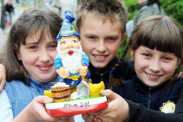 Felicja Owieczko, Eryk Lisiak i Karolina Cieśla cieszą się, że ich propozycja najbardziej spodobała się innym dzieciom