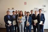 Violetta Porowska wręczyła nominacje szefom powiatowych struktur Forum Młodych PiS. Kto je otrzymał? [ZDJĘCIA]