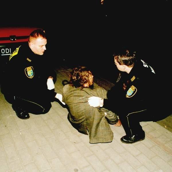 W 90 proc. wypadków jedynym powodem, że człowiek leży na ulicy, jest upojenie alkoholowe.