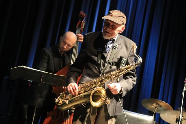 Jedną z gwiazd tegorocznej edycji krakowskiego festiwalu Zaduszki Jazzowe będzie weteran saksofonu - Jan Ptaszyn Wróblewski