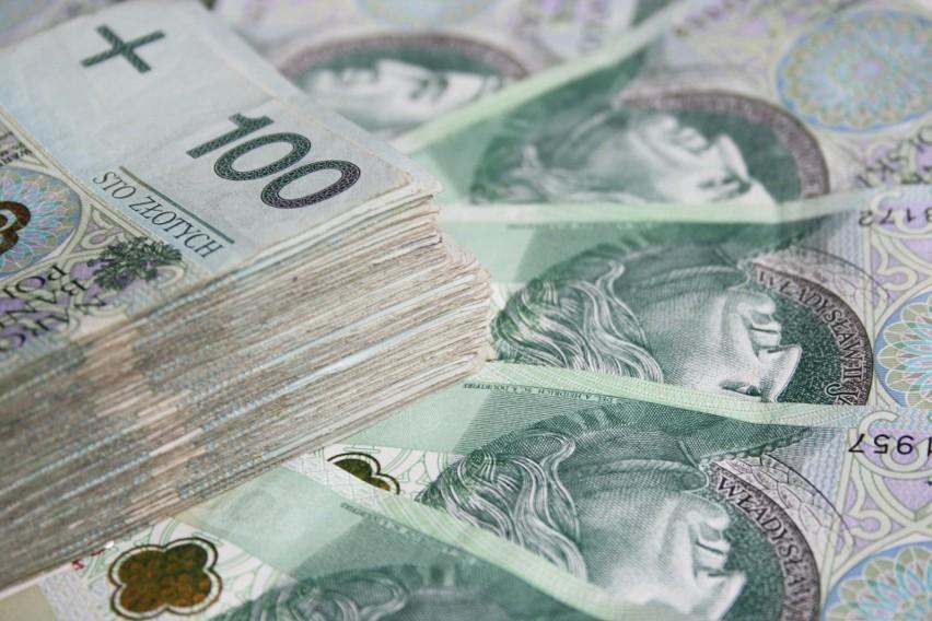Urząd pracy może przyznać pożyczkę do 5000 zł. Pochodzące z...