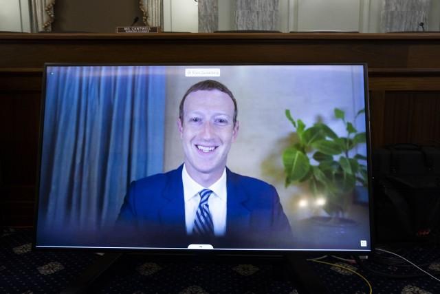 Facebook ma dziś urodziny. Oto najczęstsze błędy, jakie popełniamy publikując na Facebooku. Co powinniśmy zmienić? Kilka praktycznych porad