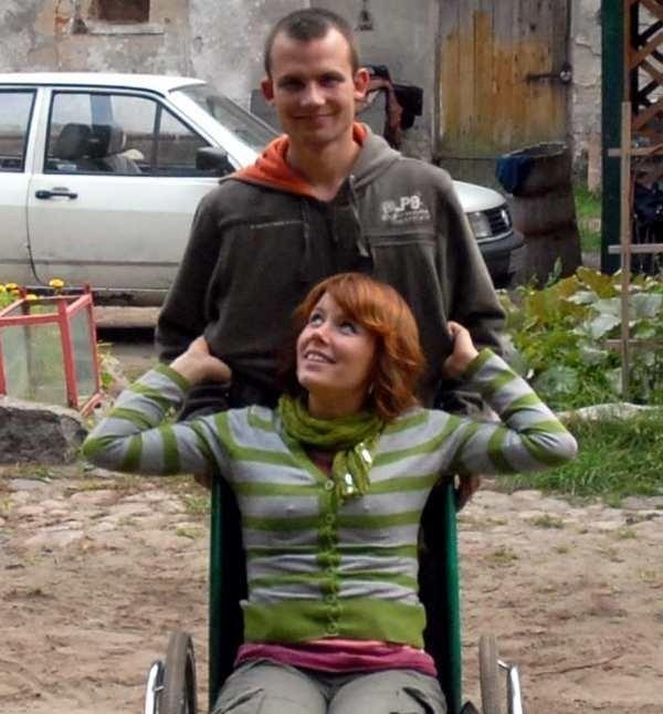 Przed tygodniem Kasia i Grzegorz nie mieli nadziei, że ktoś im pomoże. Dzięki Wam odzyskali wiarę i nawet się uśmiechają.