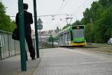 Pasażerka zasłabła w tramwaju MPK Poznań. Kobietę zabrało pogotowie. Do zdarzenia doszło w centrum Poznania