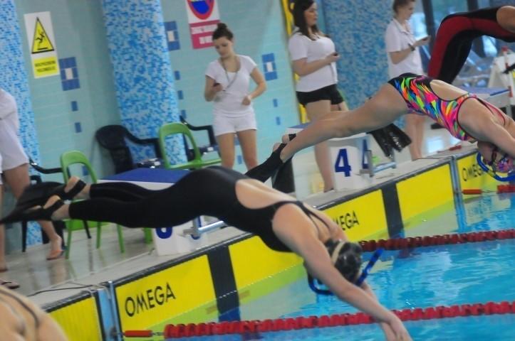 Sukces kościerskich pływaków [GALERIA ZDJĘĆ, WIDEO]