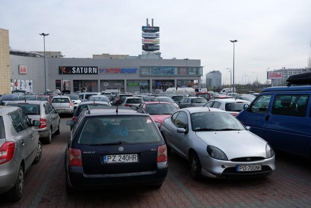 Tak wygląda sytuacja w poznańskich sklepach w sobotę, 10 marca 2018