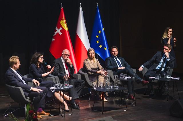 """Debata """"Samorządowa Europa. Pamięci Pawła Adamowicza"""" w ECS"""