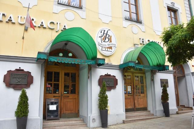 Spółka z Wrocławia chce uruchomić kasyno w hotelu Bristol przy ul. Krakowskiej w Tarnowie