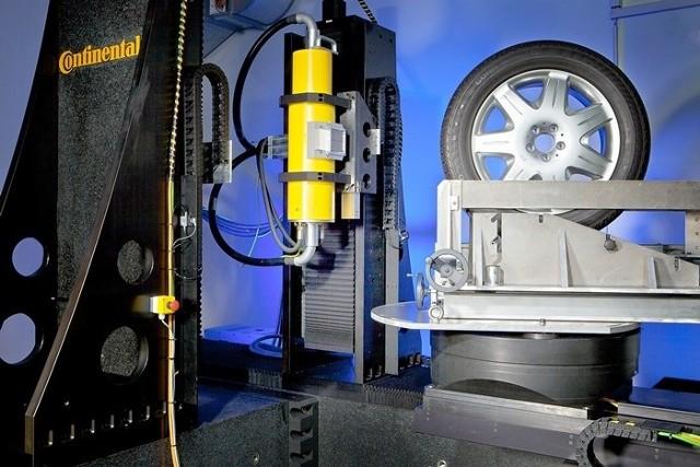 Nowy skaner CT w laboratorium Continentala